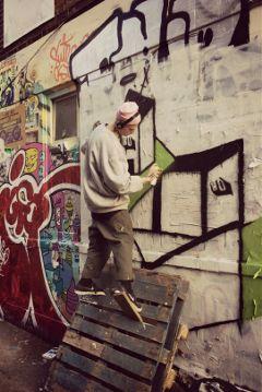 graffitti artist wallart